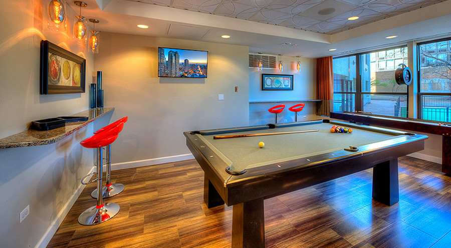 1130-south-michigan-chicago-il-party-room-pool-table-shuffle-board
