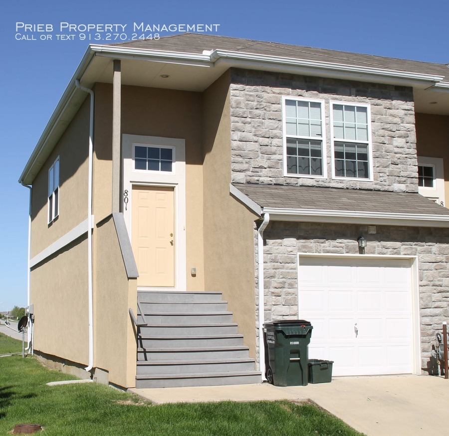 Townhouse for Rent in Gardner