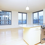 Sky55-chicago-il-1-br-15-ba---living-roomkitchen_(1)_copy
