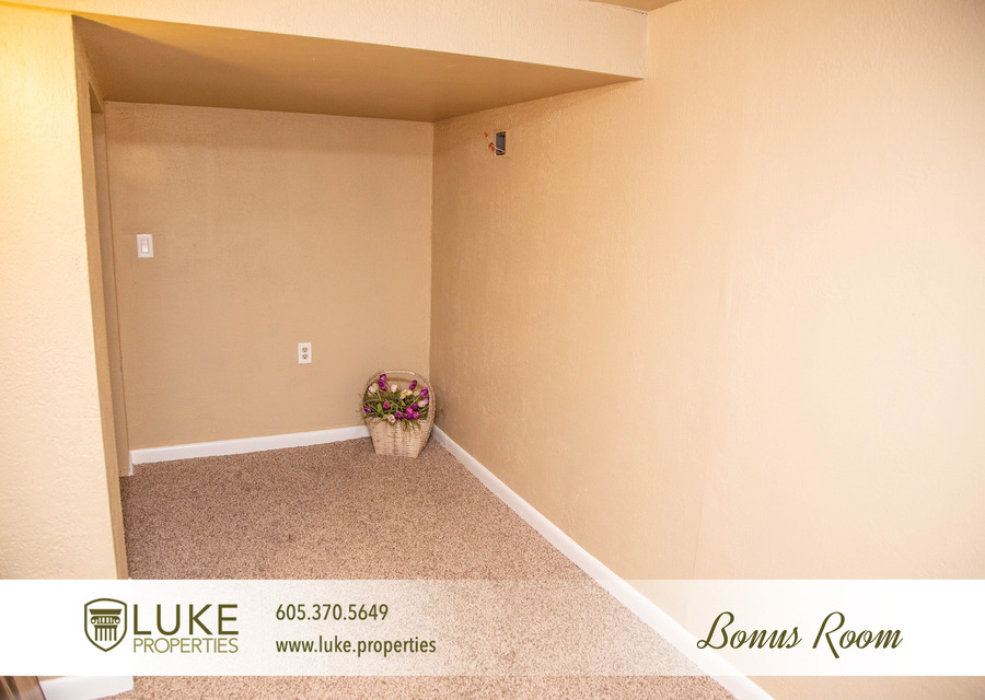 Luke properties 725 s 4th ave sioux falls sd 57104 house for rent 8