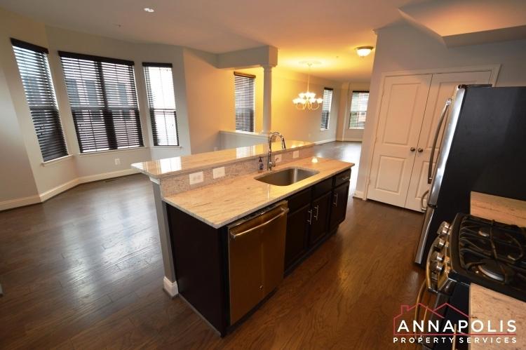 108-vanguard-lane-id966-kitchen-an(2)