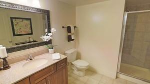 Hallway_bathroom