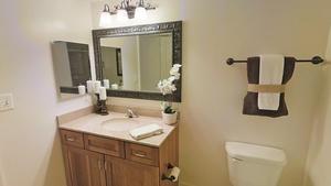 Hallway_bathroom2
