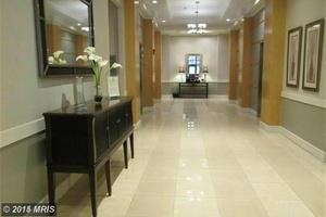 Lobby_hallway_2