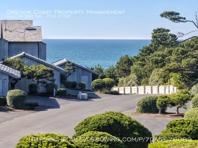 Condo for Rent in Depoe Bay