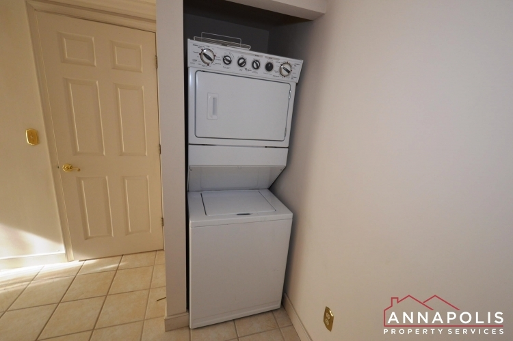 310-burnside-street-id489-washer-and-dryer(2)