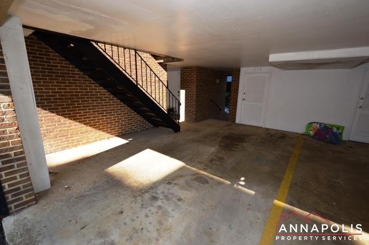 310-burnside-street-id489-covered-parking-ann