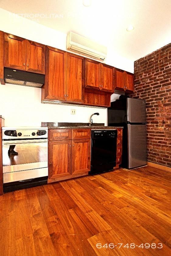 155-prince-st-unit-2-new-york-ny-building-photo_%282%29