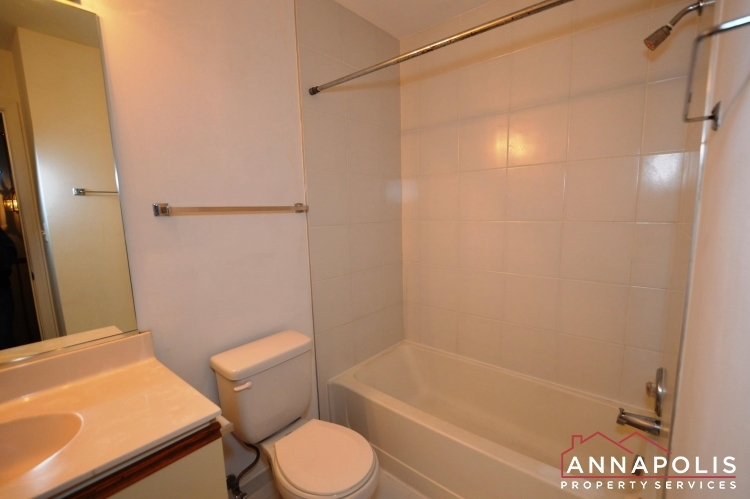 988-breakwater-drive-id662-main-bath-ann