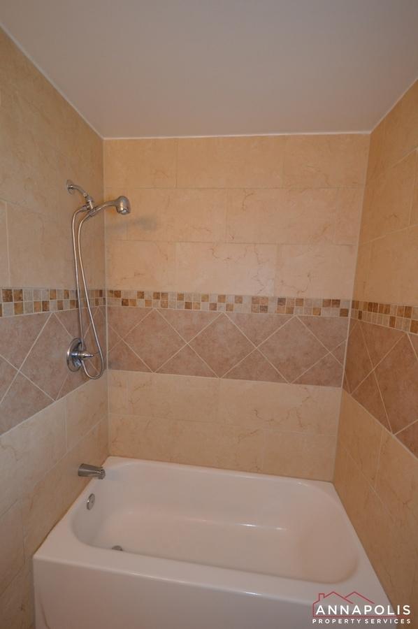 531-bruce-ave-id981-bathroom-b