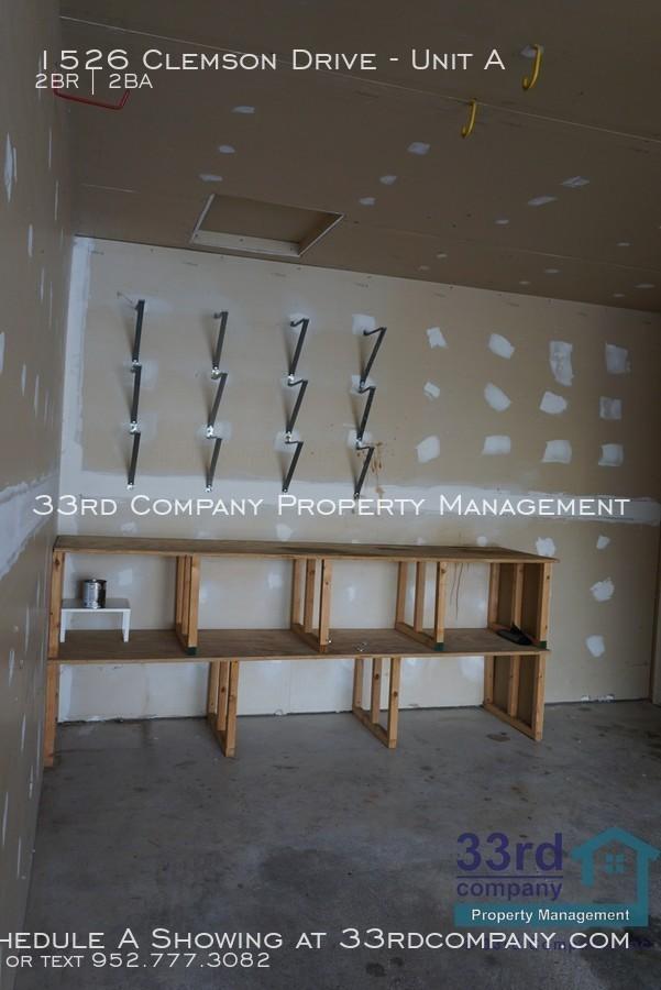 22_-_garage_storage