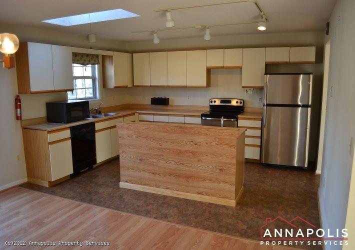 3523a-newport-avenue-kitchen-b-1326742578-id253