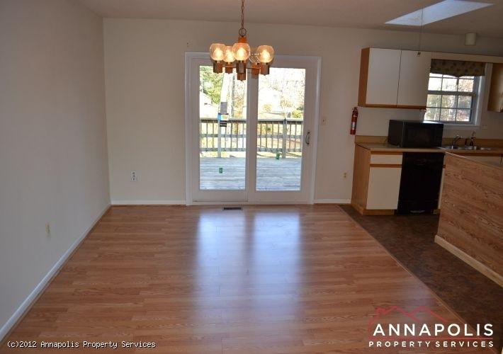 3523a-newport-avenue-dining-area-1326743171-id253