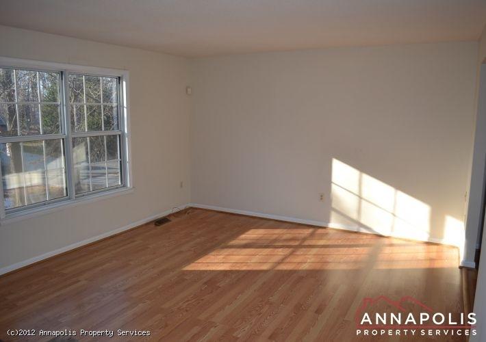 3523a-newport-avenue-living-a-1326742575-id253