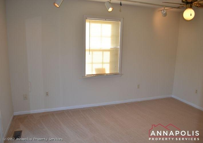 3523a-newport-avenue-master-bed-b-1326742523-id253