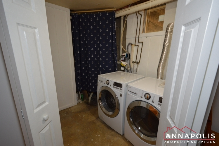 235-gross-ave-id985-laundryroom
