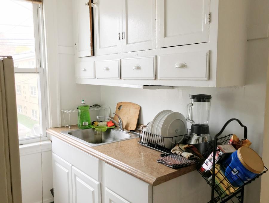 Img_1030_enhanced_1201_kitchen_copy