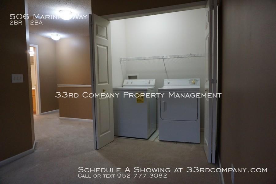 13_-_laundry_closet