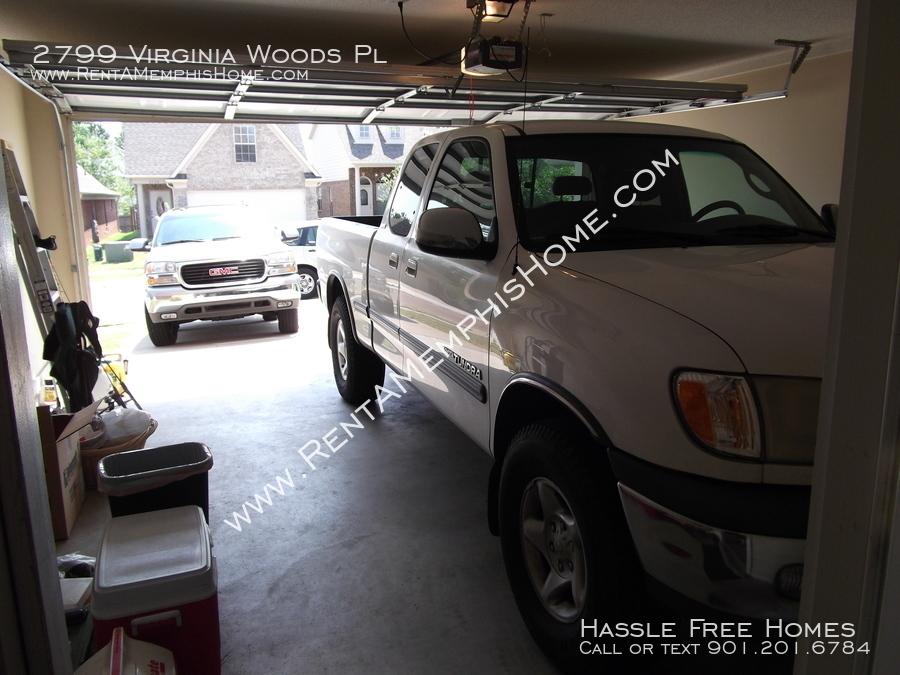 2799 virginia woods   2 car garage