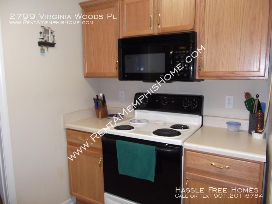 2799 virginia woods   kitchen   stove