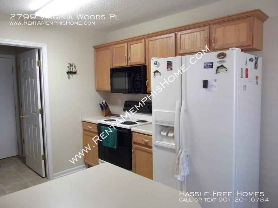 2799 virginia woods   kitchen 3