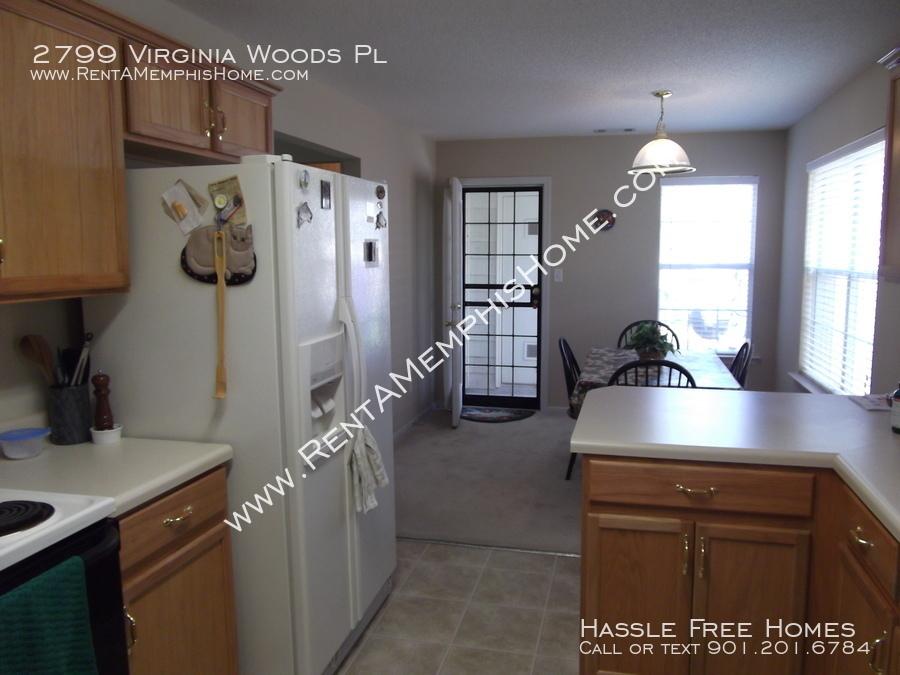 2799 virginia woods   kitchen 4