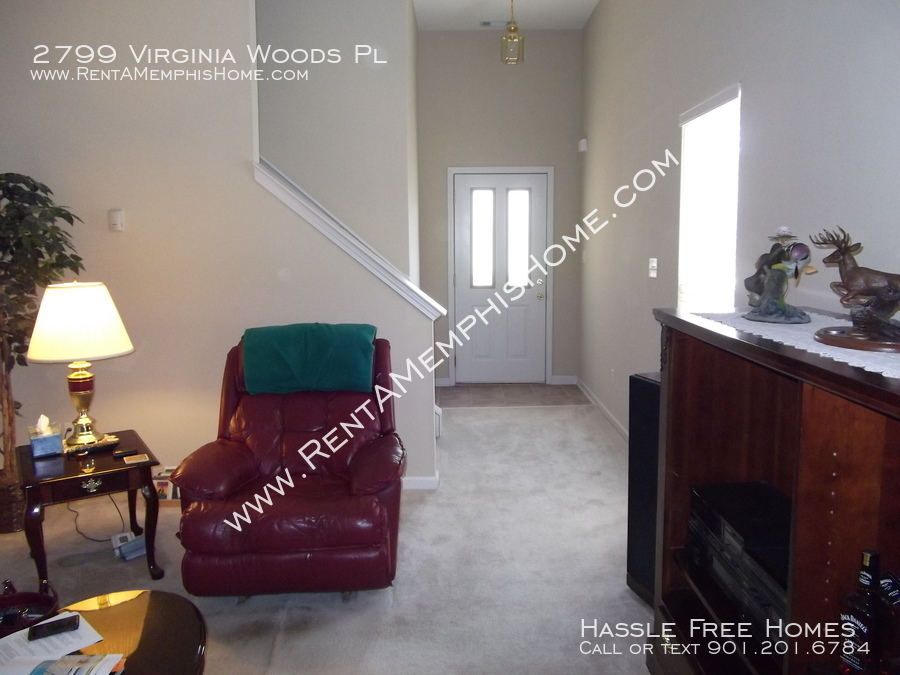 2799 virginia woods   living room 1