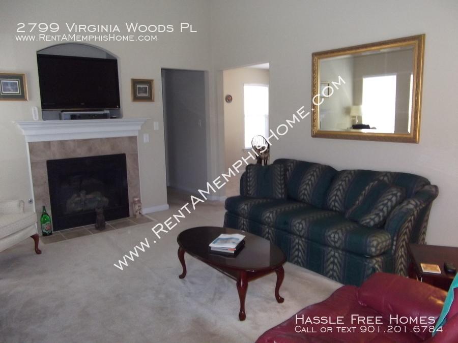 2799 virginia woods   living room 2