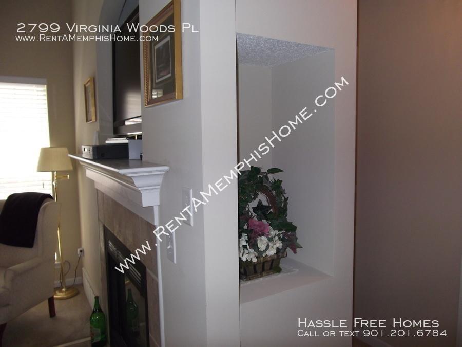 2799 virginia woods   living room 3