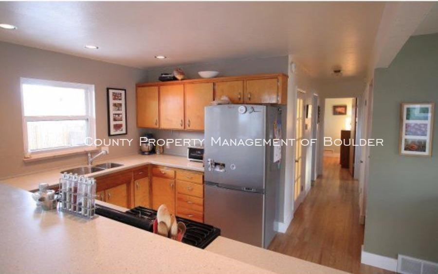 3025moorhead_kitchen2