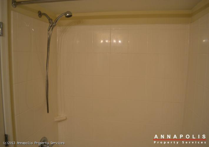 1148-cove-road--201-bathroom-shower-1364424915-id343