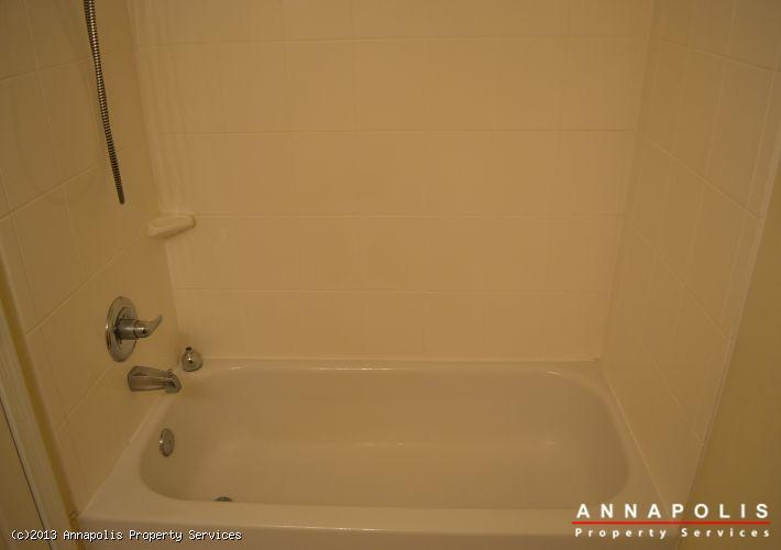 1148-cove-road--201-bathroom-bath-1364424915-id343