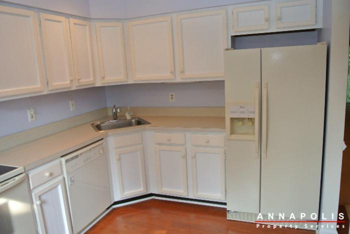 12-belvedere-court-id643-kitchen-b