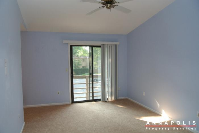 12-belvedere-court-id643-master-bed-a