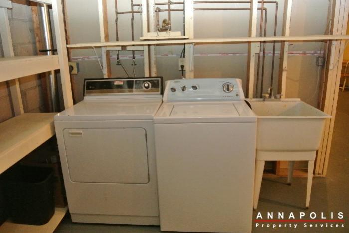 12-belvedere-court-id643-washer-and-dryer