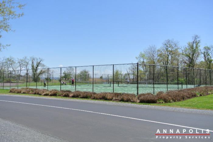 2106e  chesapeake harbour  id629 tennis courts