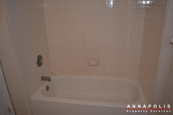 704-orchard-overlook--202--id503-bathroom-1b