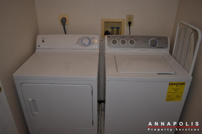 704-orchard-overlook--202--id503-washer-and-dryer