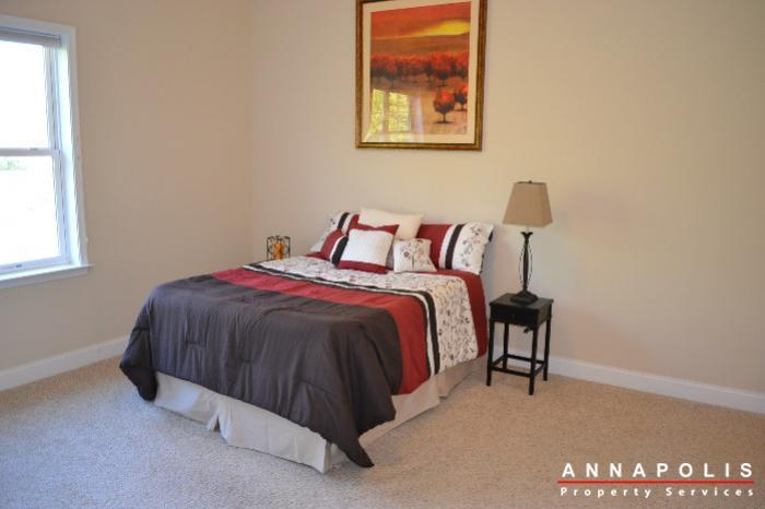 608-melvin-ave--203-id472-bedroom-1a