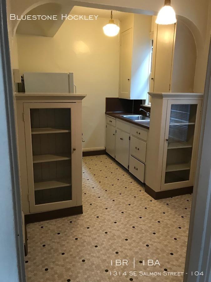Euge 104 kitchen 1