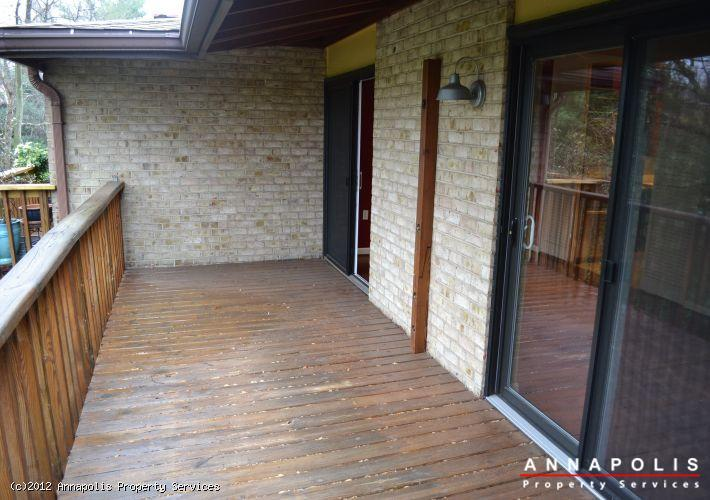 794f-fairview-ave-deck-b-1327517926-id219