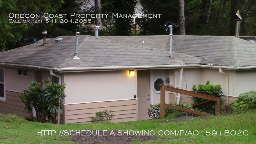 House for Rent in Lincoln City