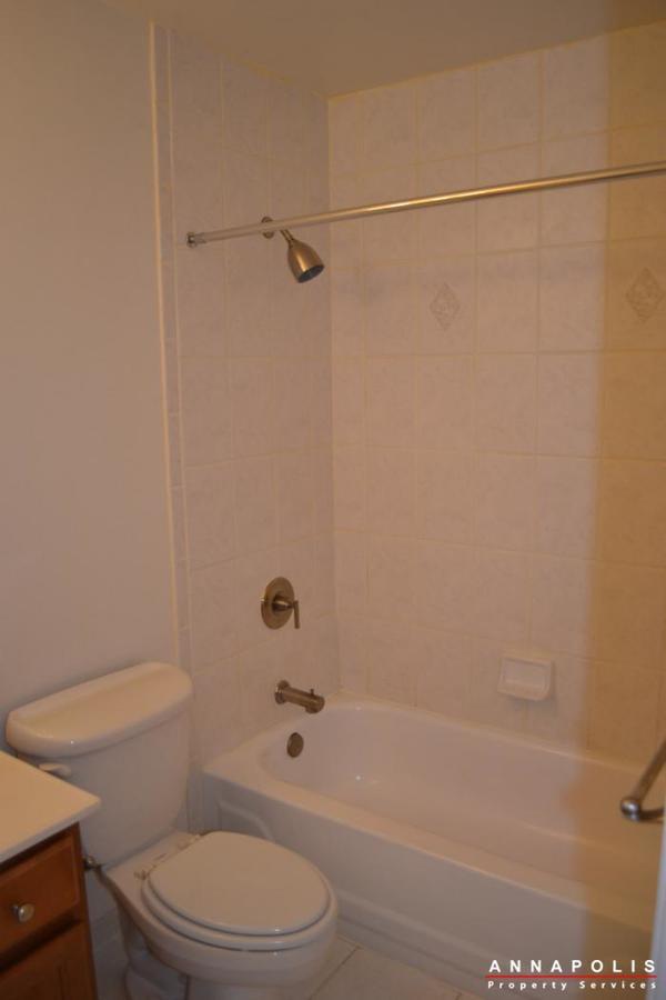 1227-gemini-drive--k--id478-bathroom-b