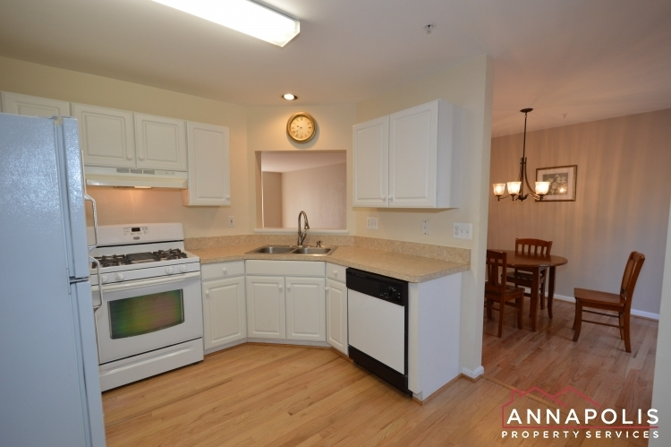 769-howards-loop-id991-kitchen-a(3)