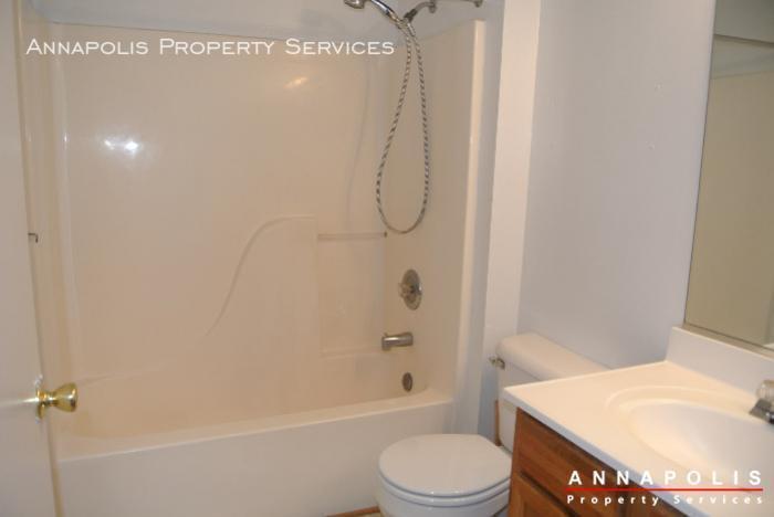 50k sandstone ct id594 bathroom 1