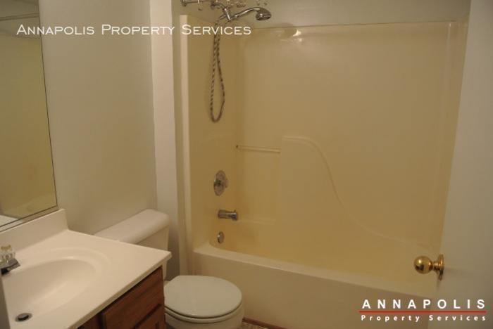 50k sandstone ct id594 bathroom 2
