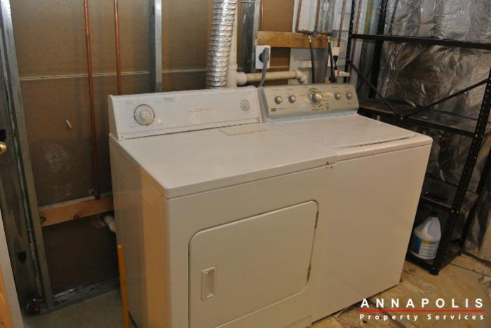 2035-puritan-court-id602-washer-and-dryer