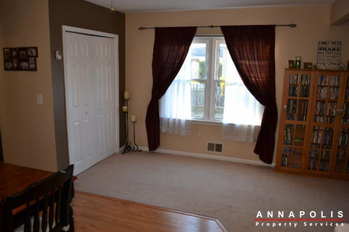 509-westminister-road--id612-living-f