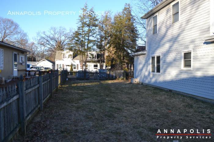 509 westminister road  id612 fenced yard b