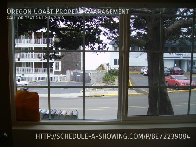 Apartment for Rent in Lincoln City